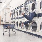 洗濯物がくさい!嫌な臭いを取る方法は?原因と部屋干し対策!